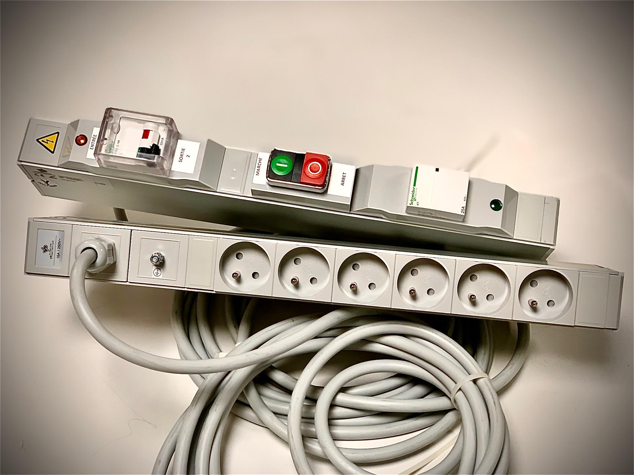 HD-0001-Rampe-multiprises-dos-à-dos-VP-électronique